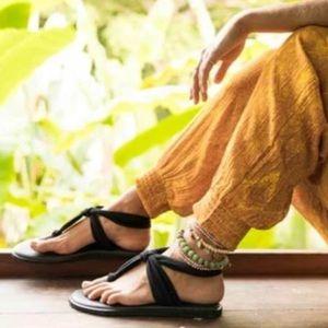 NWT Sanuk Yoga Slingback Thong Sandals. 7